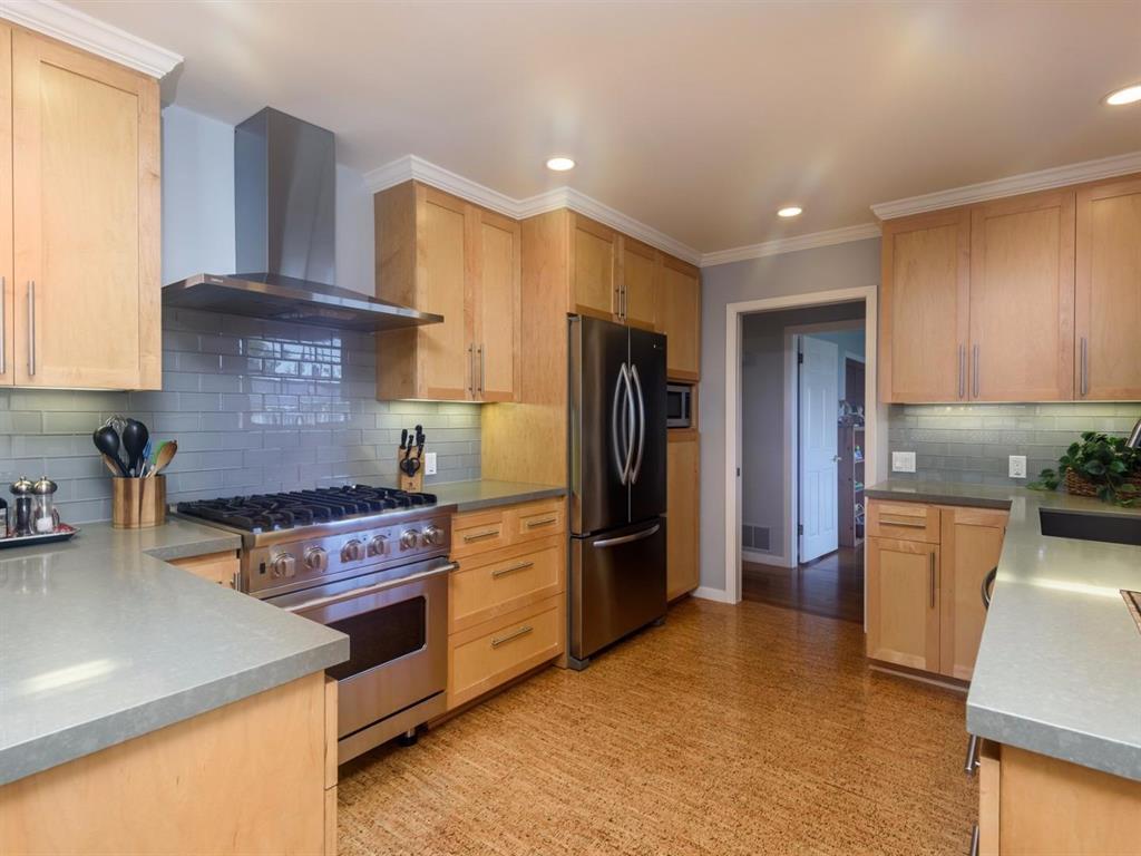 Kitchen Cabinets San Mateo View Property Lynn Carteris San Mateo Realtorr